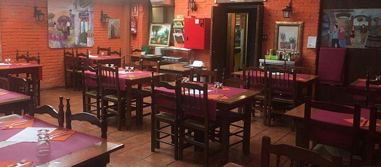Pack cena y limusina | Limusinas Barcelona Paradise | Alquiler Limusinas Barcelona