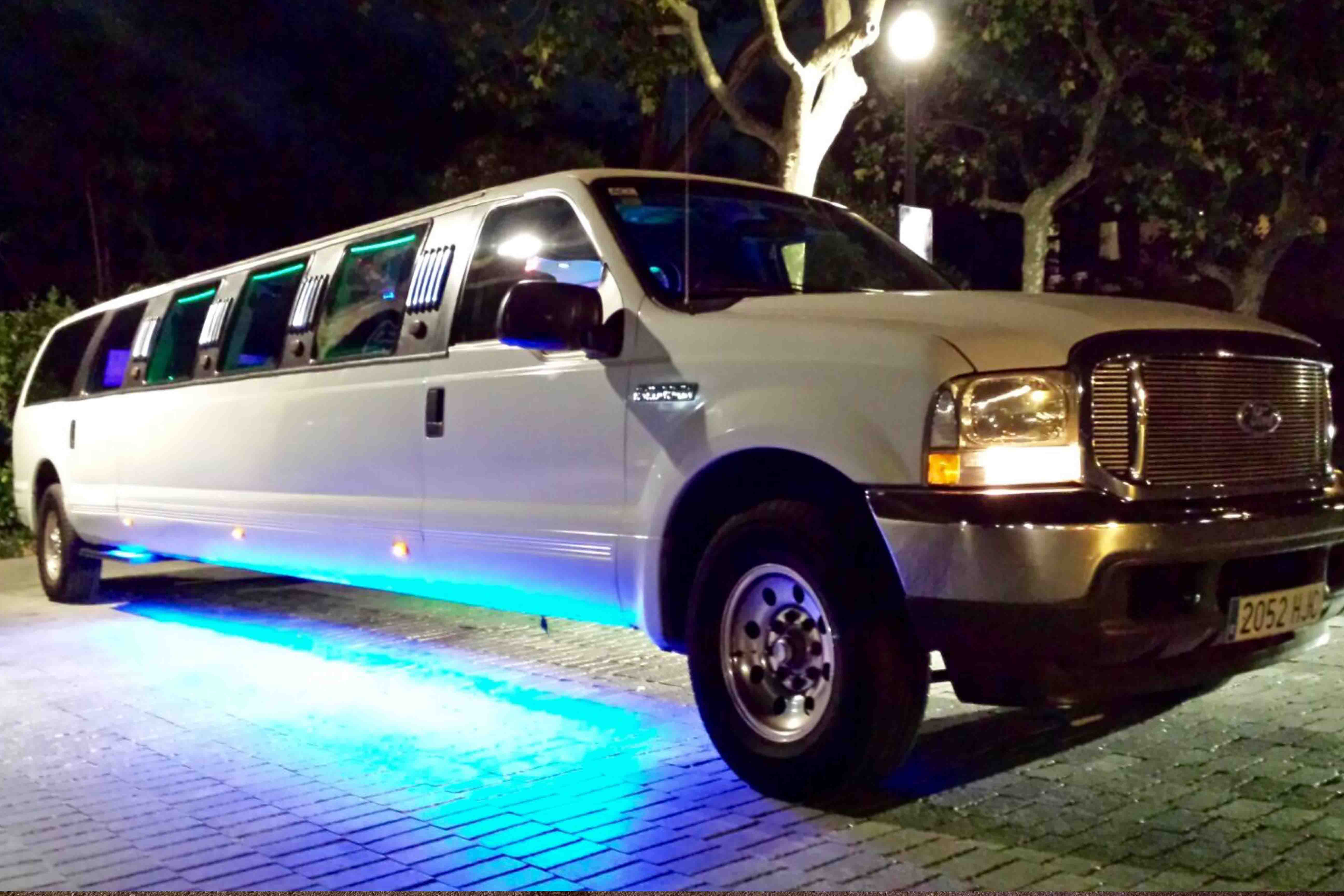 Limusinas Barcelona Grupo Paradise Ford Excursion